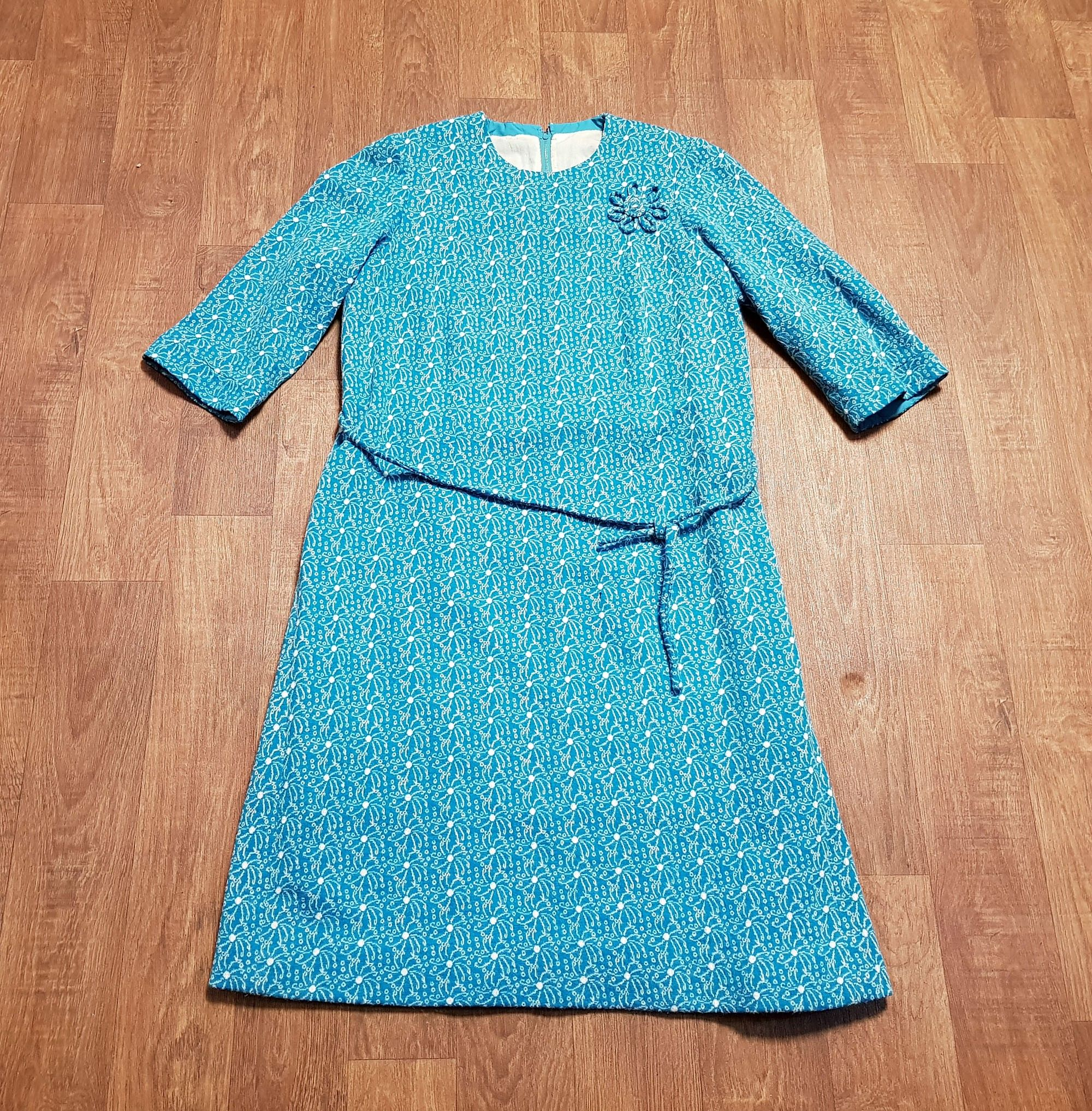 Vintage Dress | 1960s Vintage Turquoise Knitted Shift Dress UK Size 16