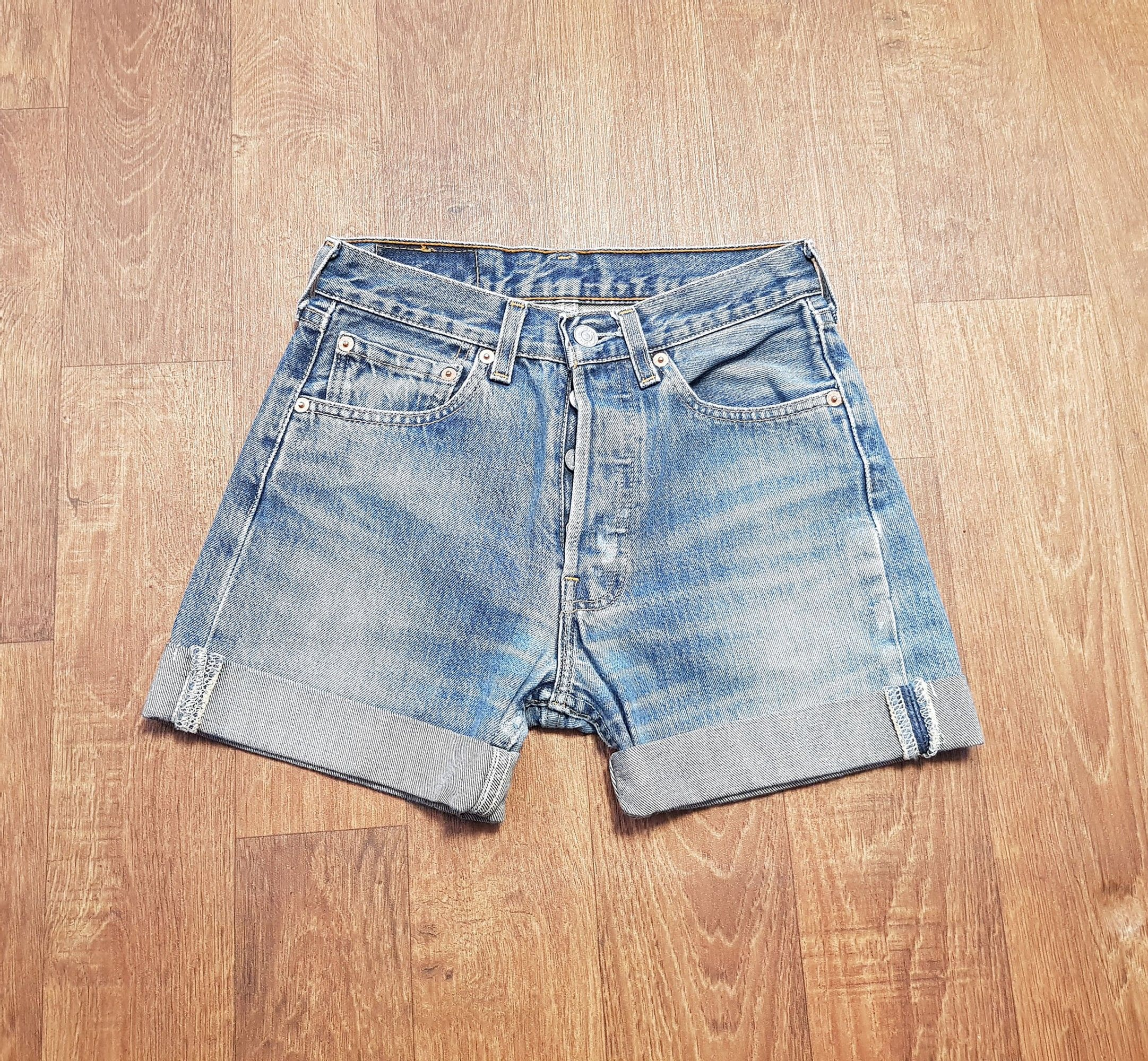 1980s Vintage Levi 501 Mid Blue Denim Shorts 26W UK Size 6/8