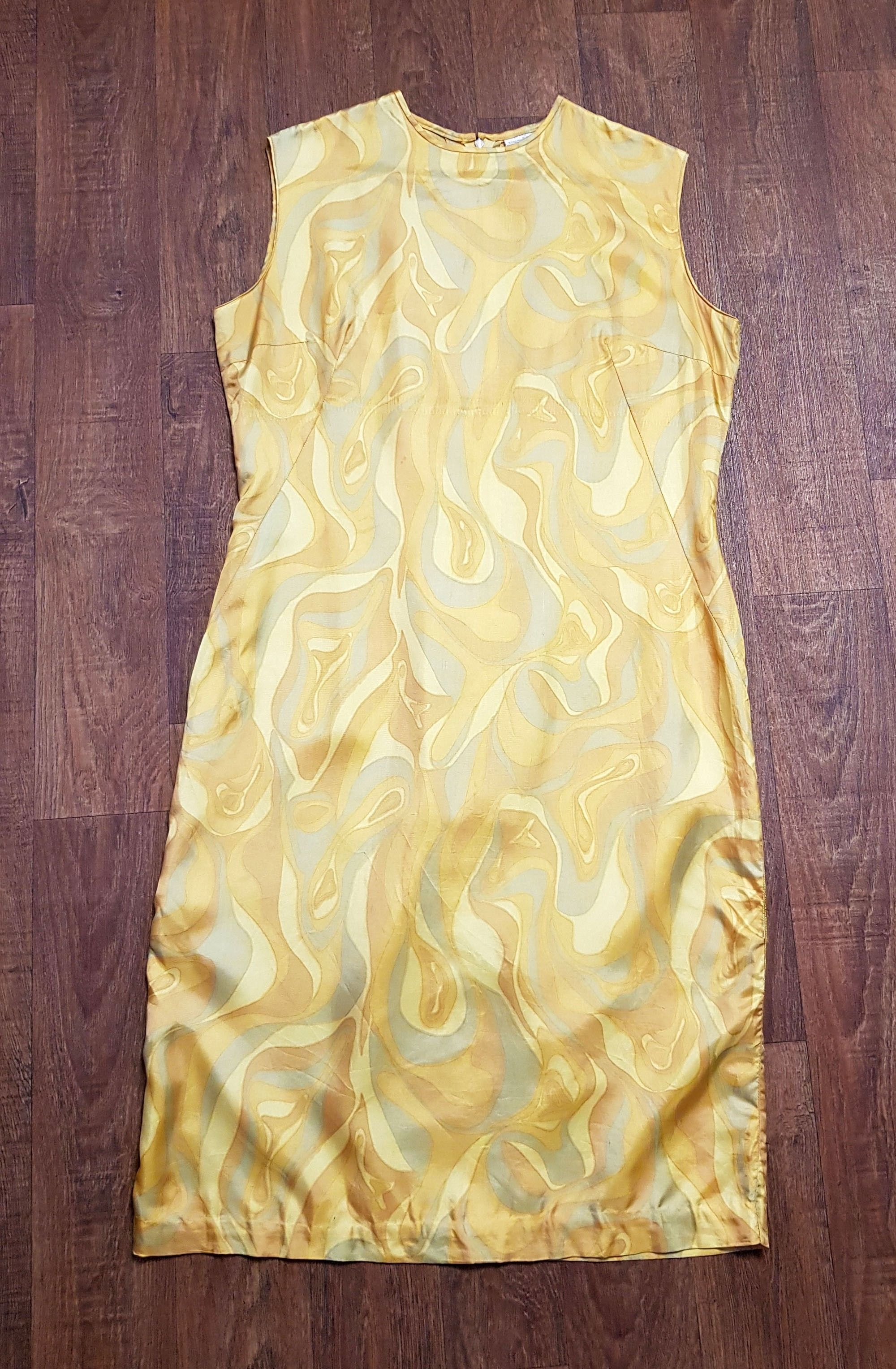 1960s Vintage Yellow Swirl Shift Dress UK Size 18