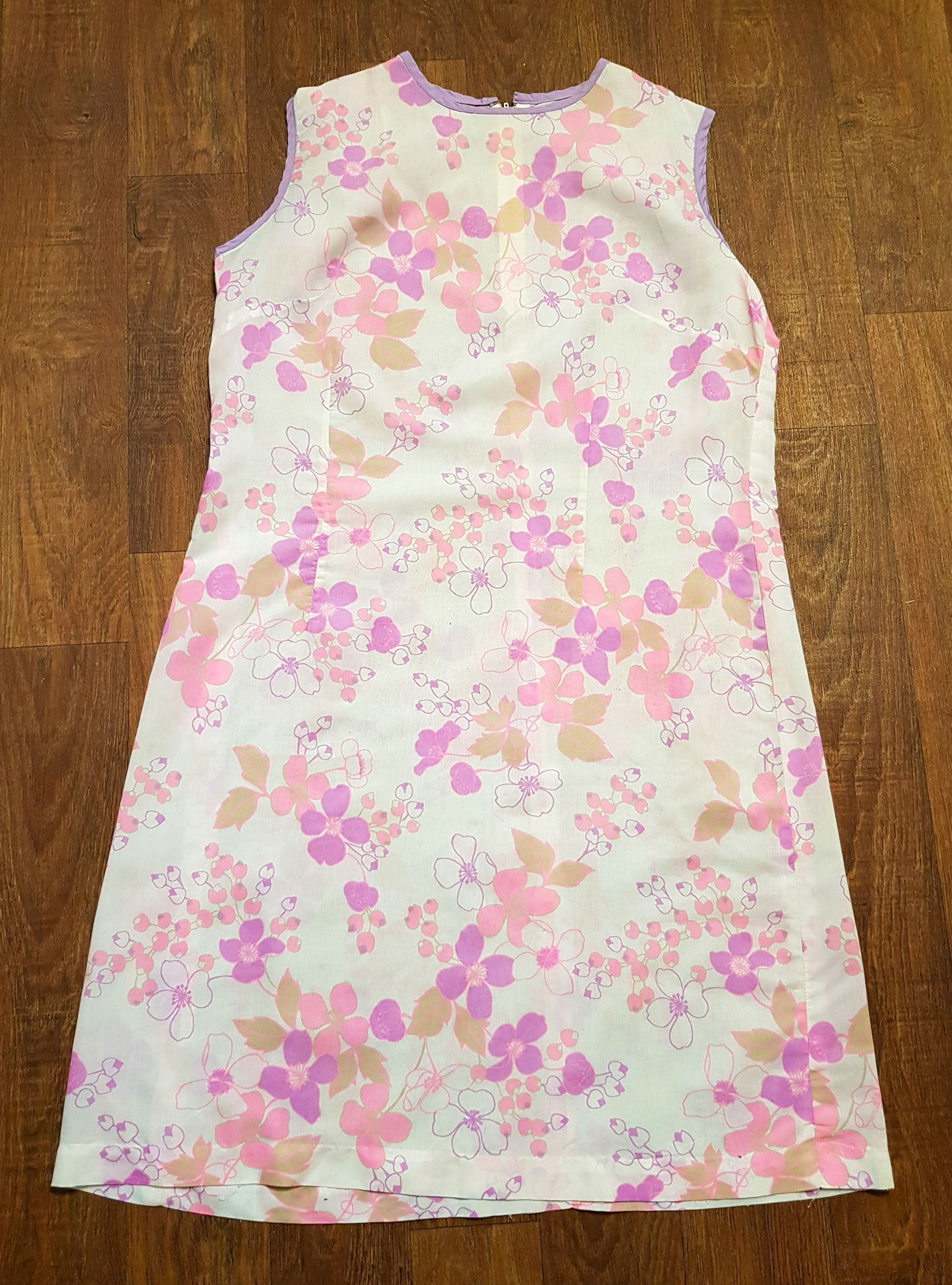 1960s Vintage Sheer Pink Floral Shift Dress UK Size 16/18