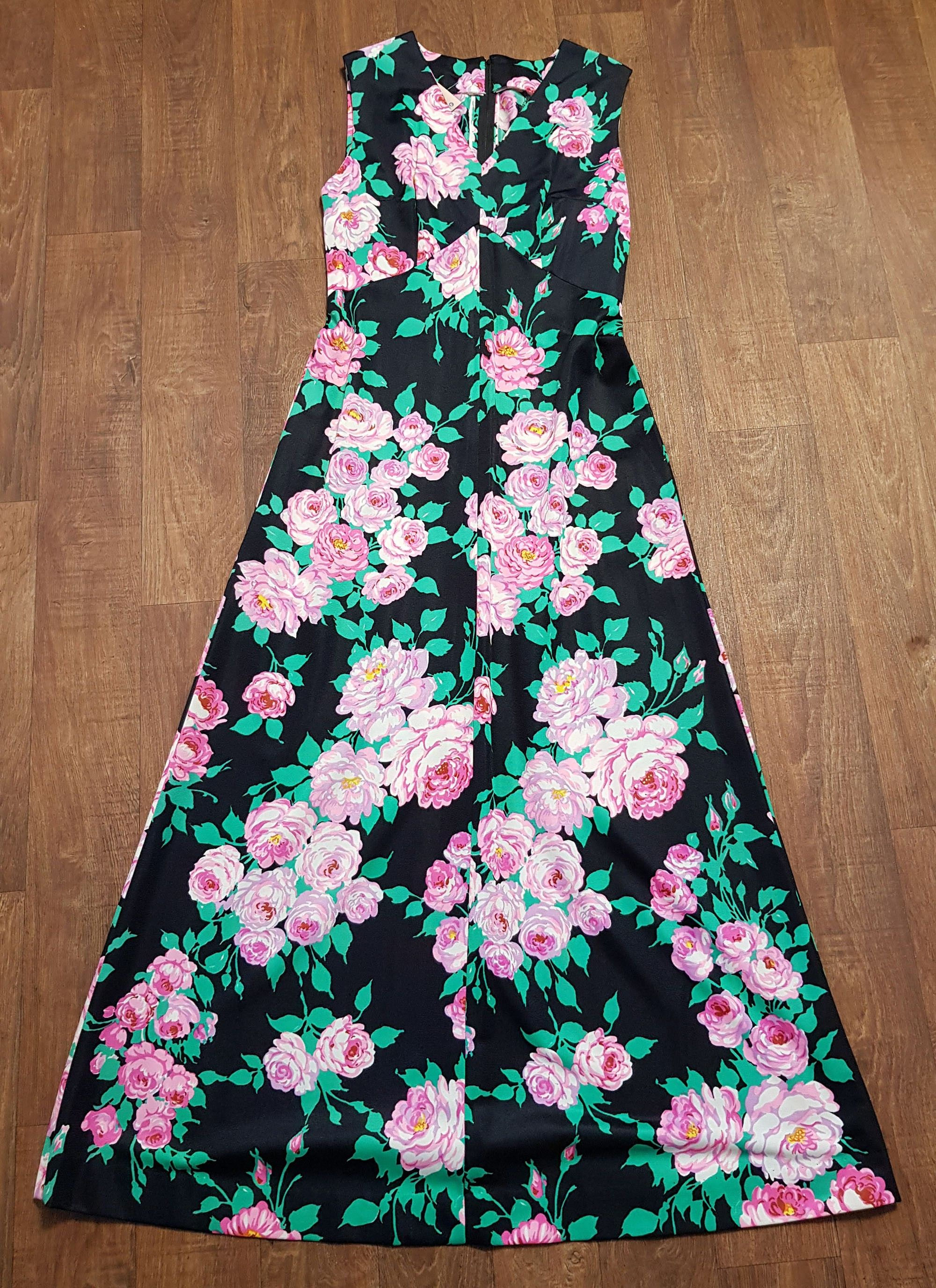 1970s Vintage Pink and Green Floral Maxi Dress UK Size 12