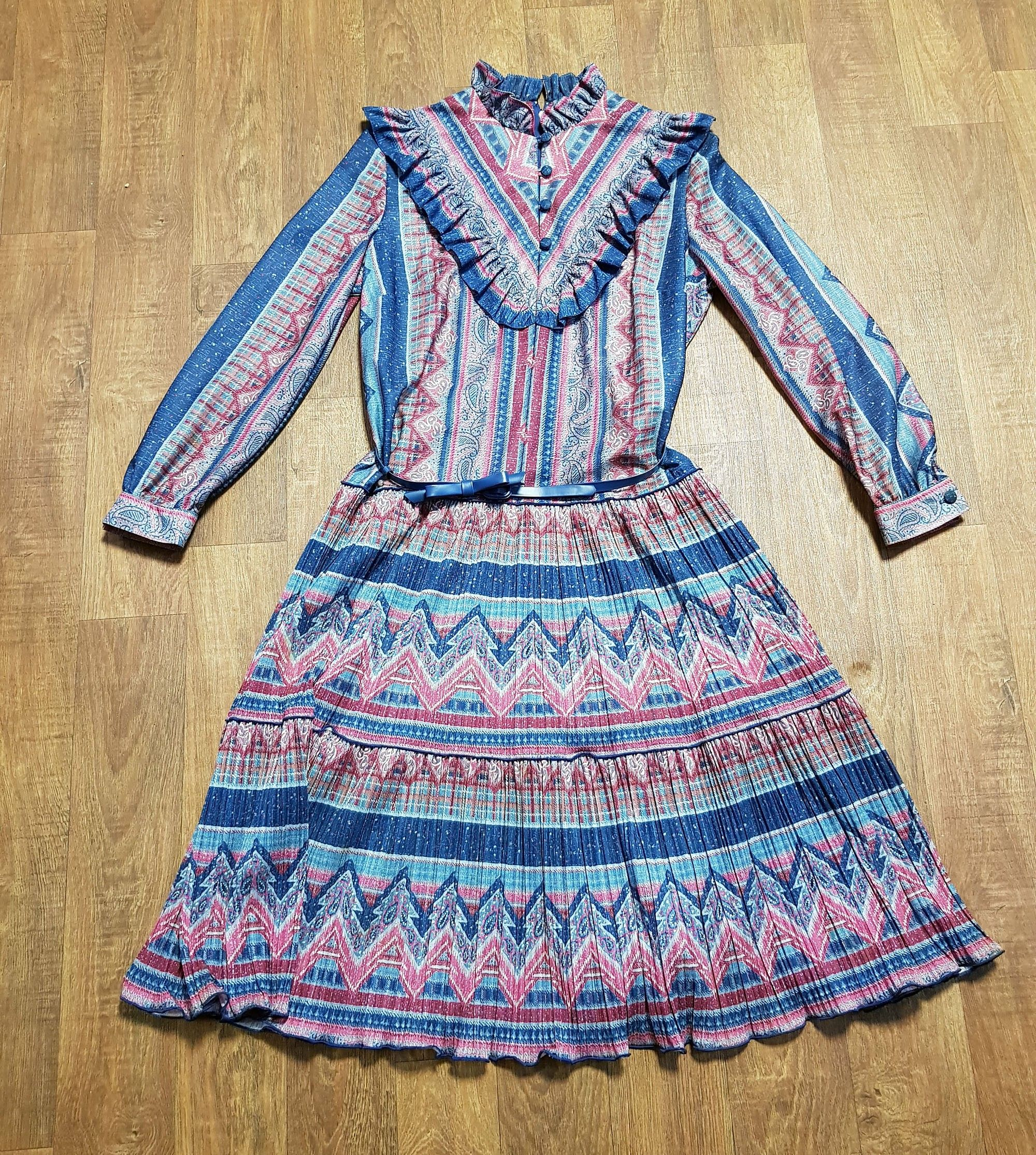 Vintage Dress | 1970s Vintage Navy & Wine Victoriana Dress UK Size 14