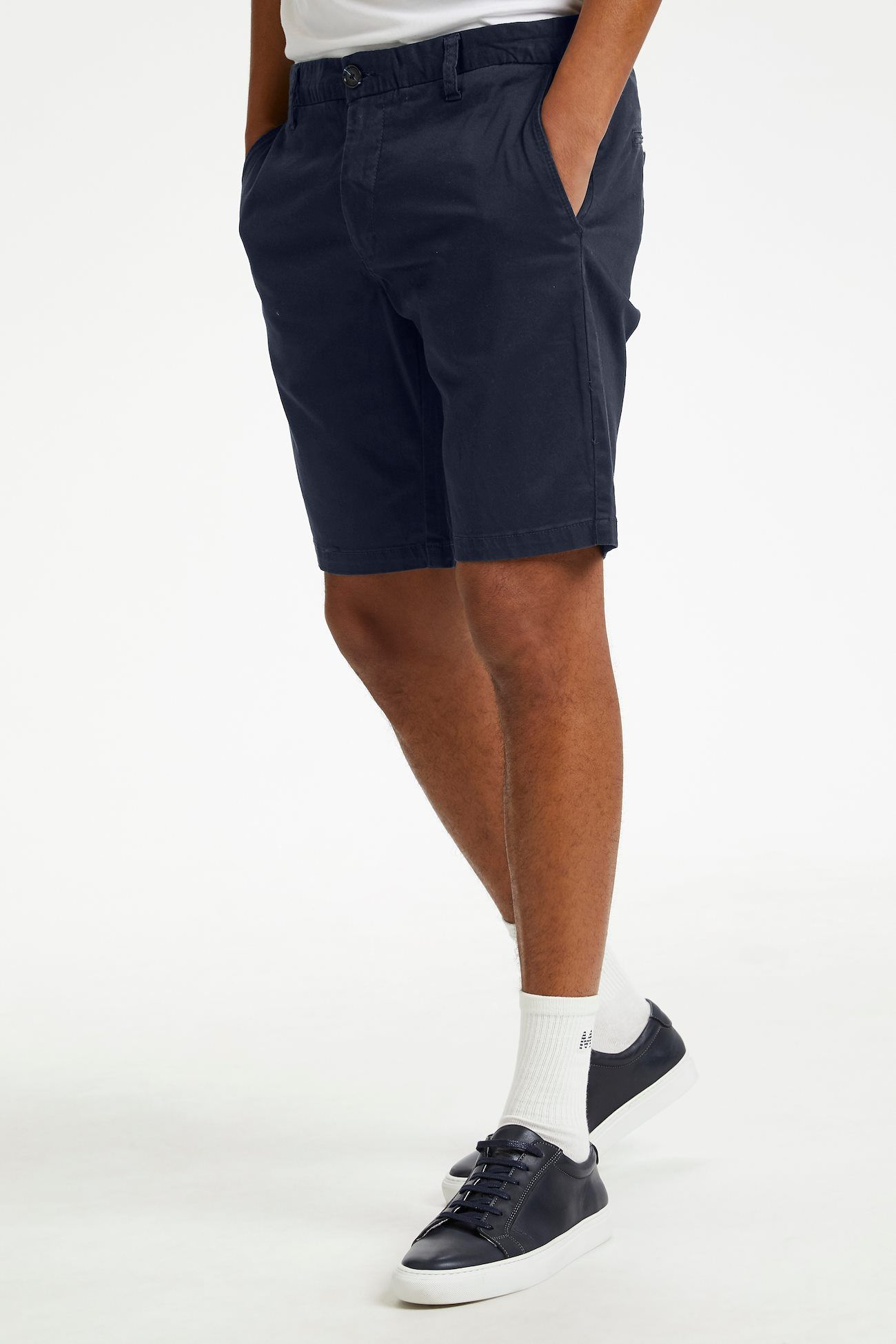 Pristu Dark Navy Tailored Shorts 40'