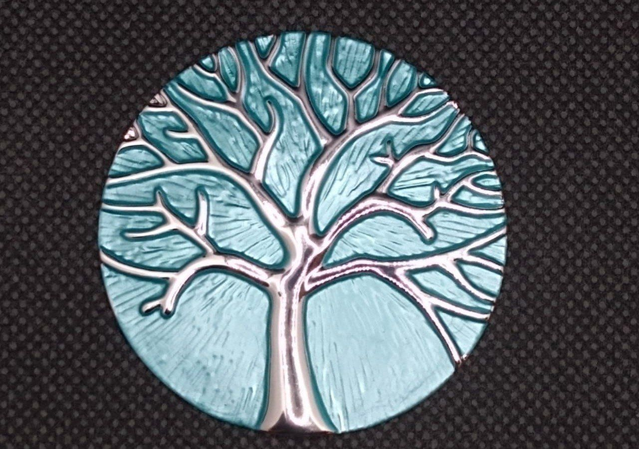 Magnetic Scarf Fastener/Brooch Tree of Life Circle Detail Silver