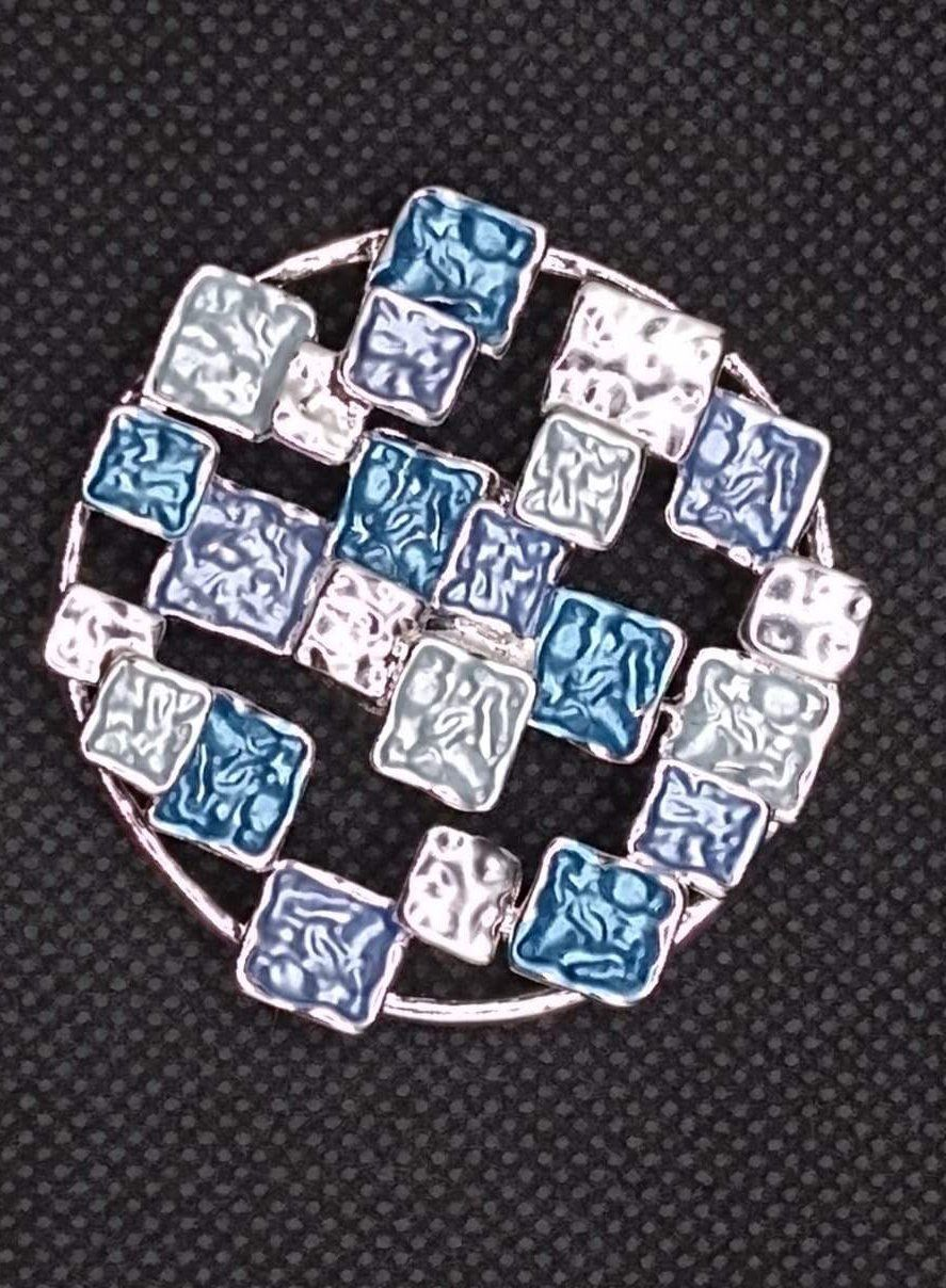Magnetic Scarf Fastener/Brooch Abstract Squares Circle Detail