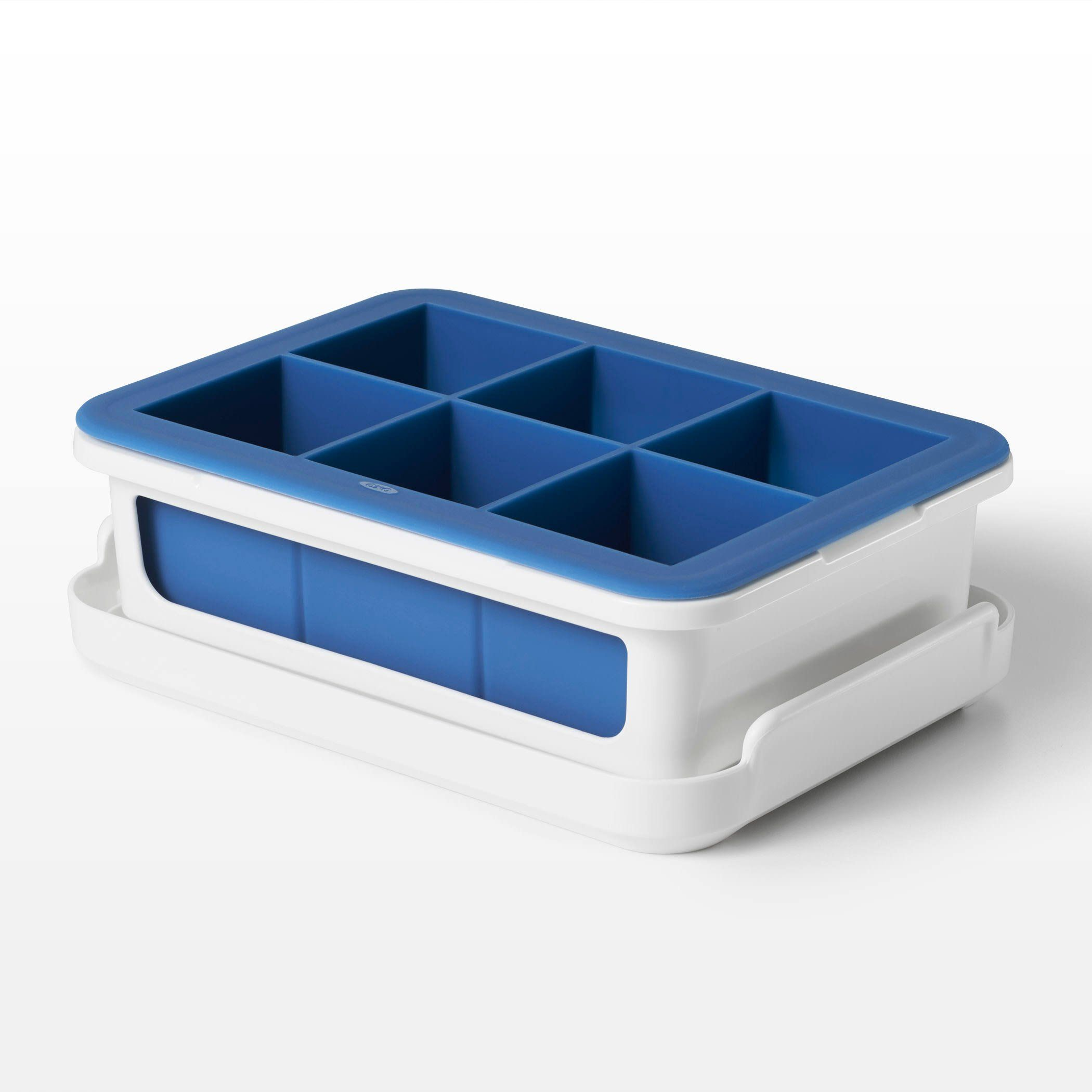 OXO Good Grips - Covered Silicone Ice Cube Tray